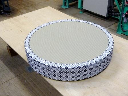 円形二畳台